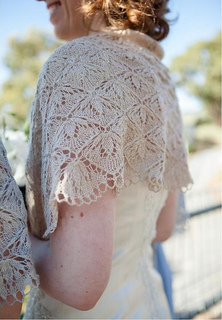 My_wedding_shawl_small2