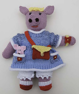 S_petunia_with_blue_dress_small2