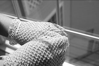 Wedding-gloves-1_small2