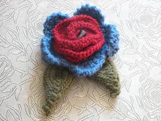 Flower_brooch_002_small2
