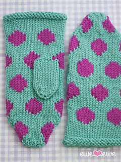 228_hot_spot_mittens_top_blog_small2