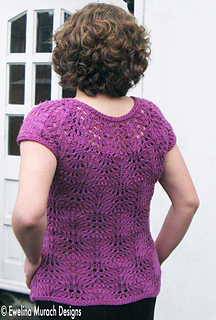 Feather_pullover_back_small2
