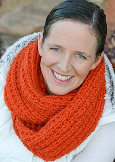 Mobius_cowl-0008-2_small2