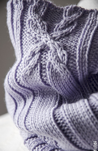 Cable-cowl-lilac-04_medium