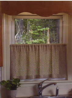 Curtain_small2