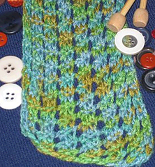 Green_bamboo_scarf2_small