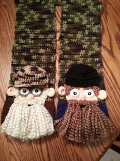 Duck_guys_scarf_small2