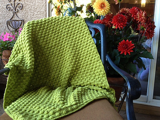 Busy_bees_lap_blanket_small2