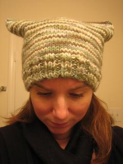 Feb_2011_knitting_002_small2