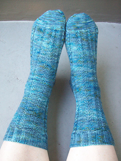 Shawl_and_socks_2136_small2