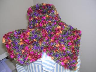 Tutti_frutti_keyhole_scarf_001_small2