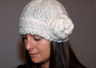 Vintage_hat_rose_small2