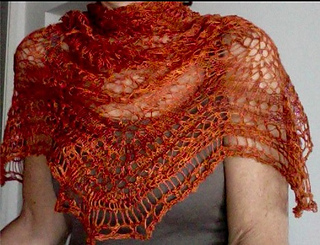 Featherandfanlaceshawl_small2