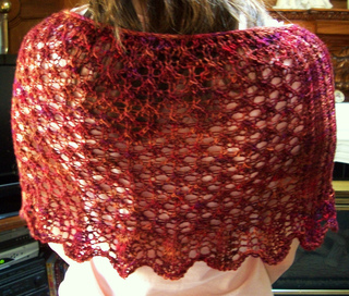 Scalloped_shawl__4__small2