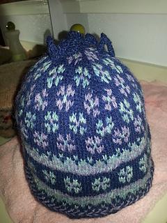 Latvian_mitten_hat_small2