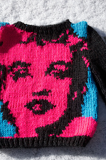 Marilyn-monroe-sweater_small2