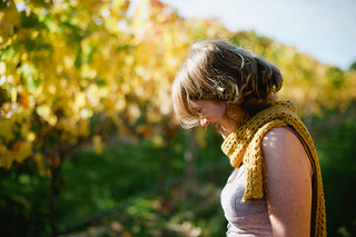 Mustard_scarf_2_small2