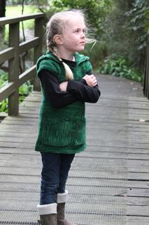 Green_katniss_9_small2
