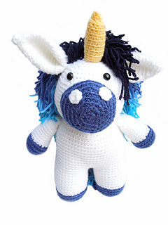 Blue_unicorn_front_small2