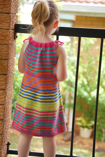 Summer_happy_fun_dress_042_small2