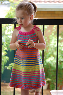 Summer_happy_fun_dress_183_small2