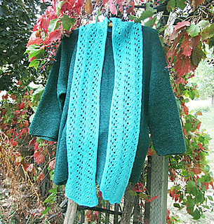 Satomi-on-sweater-001_small2