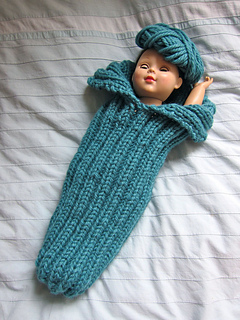Cuddle_cocoon_blue_small2