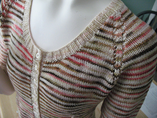 002stripe_front_detail2_small2
