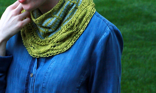 Bloom_cowl_b-001_medium