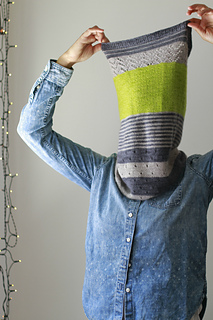 Knitting Pattern Cashmere Cowl : Ravelry: 3 Color Cashmere Cowl pattern by Joji Locatelli