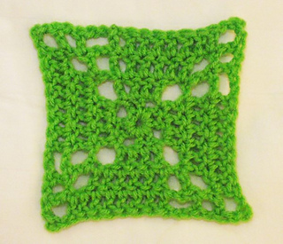 Pinwheel_crocheted_granny_square__copy__small2