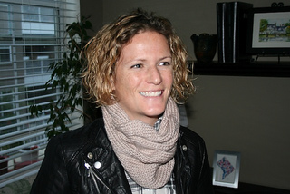 Knitted_cowl_-_julianne_smith_-_view_2_small2