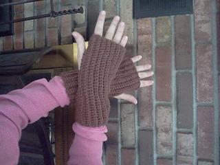 Fingerless_mitts_2_small2