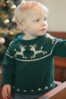Juniorchristmasjumper1_small2
