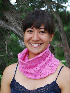 Cowl_pink_small2