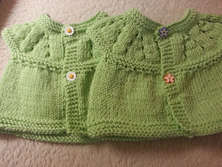 Baby_sweaters_small2