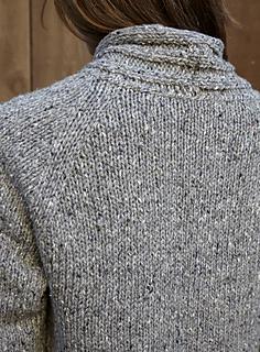 Walpole_chunky_cardigan_back_detail_small2