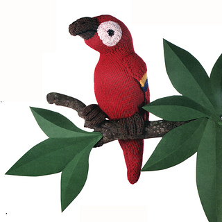 Knitted_parrot_small2