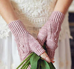 Hermia_mitts_small