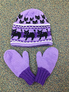 Cat_hat_and_mittens_small2