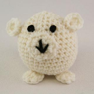Crochet_polar_bear_small2