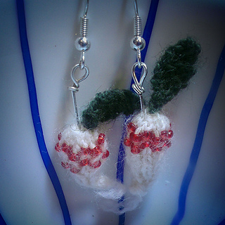 Radish_earrings_small2