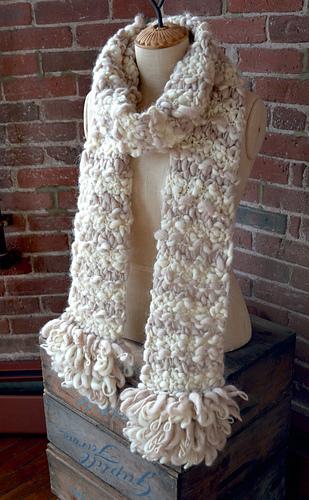 Fringe_scarf_1_medium