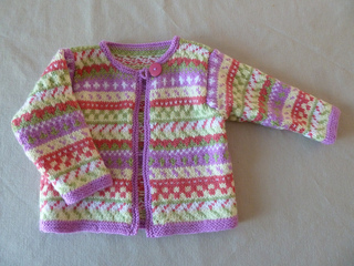 Lucy_s_sweater_small2