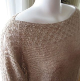 Lace_boatneck_1_small2