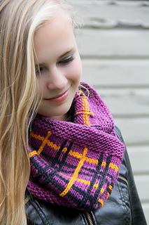 Tartania_folded___the_knitting_vortexjpg_small2