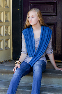 Folderol_draped_the_knitting_vortex_small2