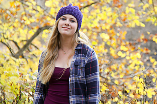 Slaunter_hat_iris_with_leaves_the_knitting_vortex_small2