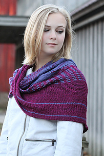 Vary_wrap_the_knitting_vortex_small2