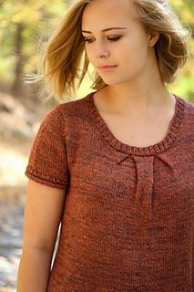 Box_pleat_scoopneck_front_closeup_the_knitting_vortex_small2